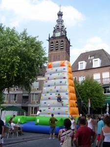 klimwand Nijmegen 4 daagse ,9 meter hoog